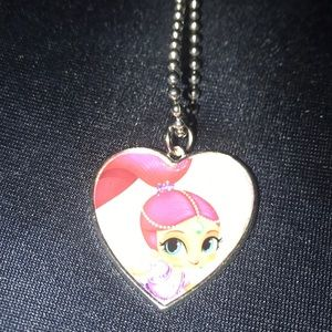 Little girl's necklace with locket